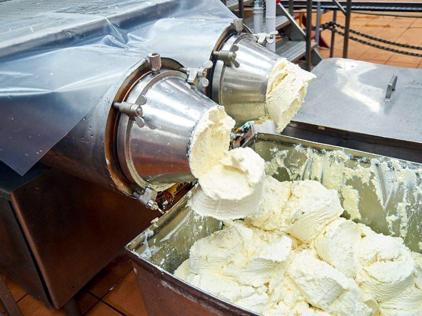 Производство мягких сыров из сыворотки и УФ концентрата молока
